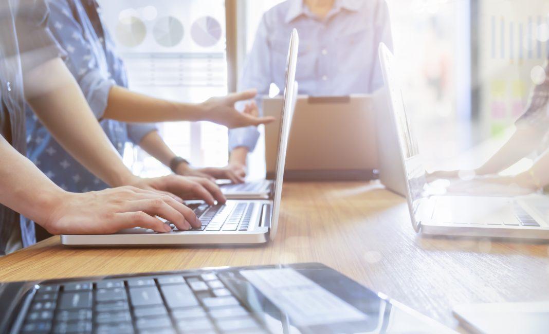 Sự khác biệt giữa Trang web và Ứng dụng Web - CNTT